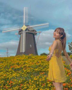 Minh Hằng đẹp mơ màng giữa trời thu Nhật Bản