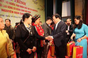 Quỹ Vì tầm vóc Việt chung tay mang Tết ấm cho người nghèo 2020